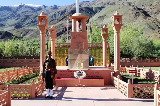 The firs stop after Zojila is the Kargil War Memorial just after Dras. This is must STOP to pay homage to young soldiers who laid down their lives in 1999, Kargil War.