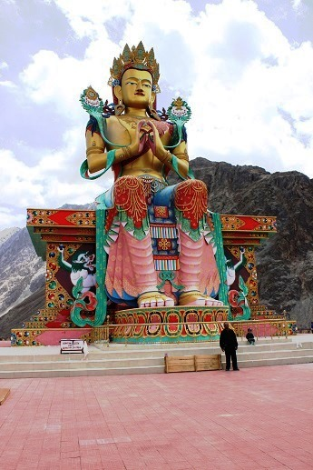 This is the very famous Budha statue of Diskit monastery overlooking the Nubra valley. One of the best view point overlooking the oasis of Disket and Hunder by the river.
